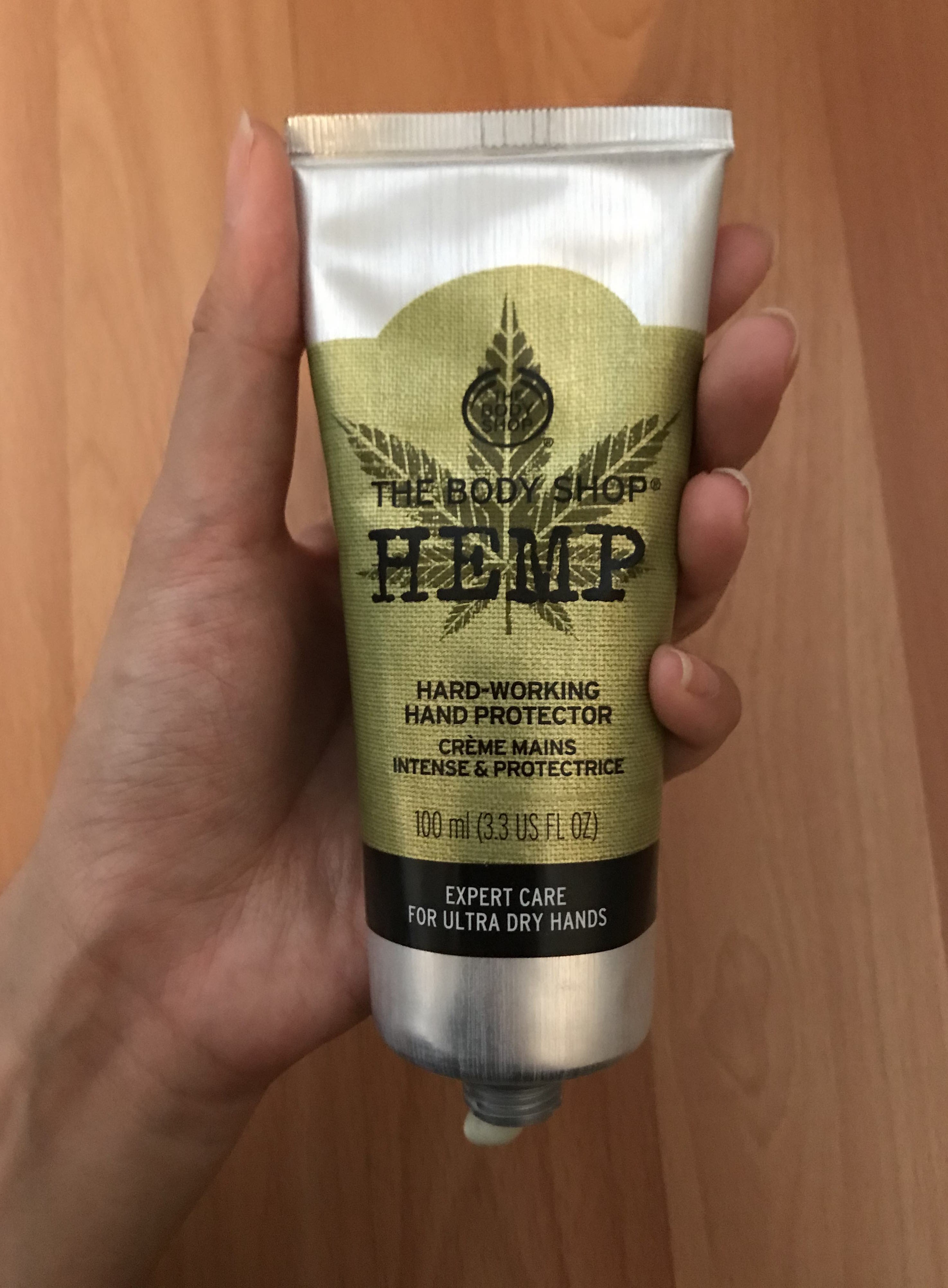 The Body Shop® Hanf-Handcreme